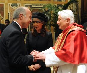 Encuentro con el Sumo Pontífice Benedicto XVI, con motivo del acto por los 25 años de la firma del laudo papal que puso fin al conflicto entre Argentina y Chile (Foto: TELAM)